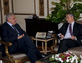 محلب يلتقى سفير إيطاليا بالقاهرة لبحث التعاون المشترك بين البلدين