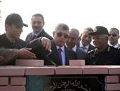 وزير الداخلية يضع حجر الأساس لمشروع القرية التكتيكية للقتال