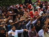 """الأمن الإدارى بجامعة القاهرة ينقذ """"مصور صحفى"""" اعتدى عليه طلاب الإخوان"""