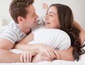البوس.. البوس.. 6 فوائد مذهلة للتقبيل.. يحمى الأسنان ويقوى المناعة ويقاوم الشعور بالإجهاد.. دراسات تؤكد: يزيد مستويات هرمون الحب ويجعلنا أكثر هدوءًا وانسجامًا.. وقبلة الزوجة تطول العمر 5 سنوات