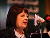 وزيرة التطوير الحضرى تتفقد سيارات جديدة لفصل القمامة بالإسكندرية