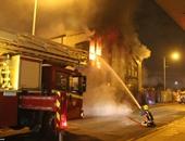 السيطرة على حريق هائل بمخزن كرتون داخل مصنع مواد غذائية بأكتوبر