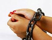 القبض على ربة منزل وراء سرقة مشغولات ذهبية من داخل شقة صاحب شركة بالنزهة
