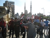 توافد الأهالى على ميدان الثورة بالمنصورة لتأييد الجيش ضد الإرهاب