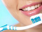 تفريش الأسنان الجيد يستغرق 3 دقائق.. وابعد عن الفرشتين الناعمة والخشنة