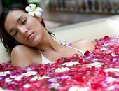 فوائد ماء الورد فى علاج حب الشباب