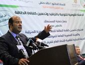 بالصور.. خالد حنفى: إتاحة لمبات الليد على بطاقات التموين تعود بالنفع على المواطن