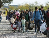 سوريون يرفضون الترحيل من معسكر الركبان على الحدود الأردنية