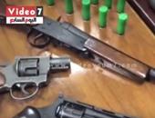 بالفيديو.. ضبط ورشة سلاح بالحى السابع يديرها طالب بكلية صيدلية