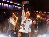 """بالصور.. فريق """"واما"""" يحيى حفلا غنائيا فى أحد مولات السويس"""