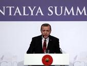 أردوغان : هجمات باريس تحفز الكراهية للمسلمين واللاجئين فى أوروبا