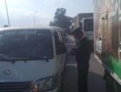 رفع 13 سيارة ودراجة بخارية متروكة فى حملات مرورية بشوارع الجيزة