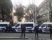 باريس تمنع وقوف سيارات الشرطة بالطرق العامة وتخصص مواقف وتغرم المخالفين