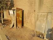 صحافة المواطن.. أكشاك كهرباء تهدد طلاب المدرسة المصرية فى جسر السويس