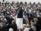 بالصور..المسلمون فى فرنسا وبلجيكا يصلون أول جمعة بعد هجمات باريس
