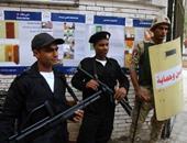 مرور القاهرة: انتشار أوناش المرور لرفع السيارات المخالفة بمحيط اللجان