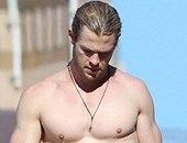 """Thor"" يفقد 15 كيلو من وزنه من أجل فيلم  In The Heart Of The Sea"