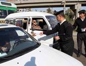 ضبط 777 مخالفة مرورية بمطالع و منازل الكبارى فى القاهرة الكبرى
