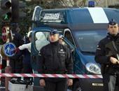 رجل يهاجم ضابطى شرطة بسكين فى أحد متنزهات بروكسل