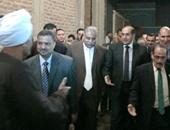 لقاء جماهيرى لمحافظ سوهاج بأهالى عرابة أبو دهب لمناقشة احتياجات القرى