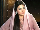 نجمات استغلوا الحجاب لإثارة الجدل.. أشهرهن شيريهان وهيفاء وهبى