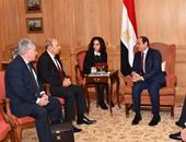 """رئيس داسو الفرنسية لـ""""السيسى"""": نتطلع لتزويد مصر بمختلف الاحتياجات العسكرية"""