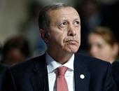 الإخوان تحرض ضد مصر بحضور أردوغان.. وعناصر الجماعة يرفعون أعلام أمريكا وتركيا