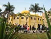 إلغاء دعوة طلاب إعلام القاهرة لصلاة الظهر أمام الكلية بعد تدخل الإدارة