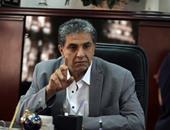 وزير البيئة يعقد مؤتمرا صحفيا داخل مقر السفارة المصرية بباريس