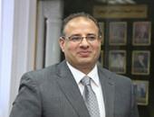 إحالة 4 من العاملين بمستشفى حوش عيسى للتحقيق بعد ولادة سيدة فى الطرقات