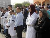 بالفيديو والصور.. أطباء بالإسماعيلية يطالبون الصحة بتعديل بند بدل العدوى
