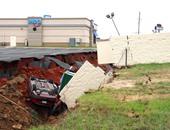 مقتل شخص وإصابة 2 آخرين إثر حدوث انهيارات أرضية بسبب زلزال فى بيرو