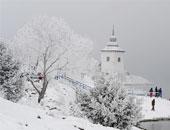 مقتل 6  أشخاص فى انهيارات جليدية بسويسرا