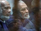 """إيداع بديع والبلتاجى وآخرين قفص الاتهام فى """"اقتحام قسم العرب"""" ببورسعيد"""
