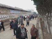 تظاهر عمال غزل المحلة للمطالبة بصرف الأرباح المتأخرة