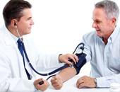 الدوخة والإسهال.. أبرز أعراض ضغط الدم المنخفض