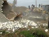محافظ سوهاج: إزالة 92 حالة تعدٍ على الأراضى الزراعية بـ6 مراكز