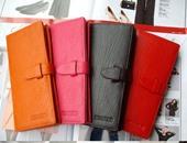 لو محتاج فلوس اشترى محفظة لونها أحمر أو أزرق أو بنى