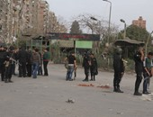 الأمن يغلق شارع مزلقان عين شمس من الاتجاهين ويقبض على متظاهرين إخوان