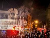 ظريف مدافعا عن بلاده: إيران التزمت ضبط النفس وسنحاسب مقتحمى سفارة الرياض