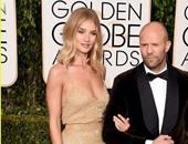 """بالصور..جيسون ستاثام وروزى هنتنجتون وايتلى على السجادة الحمراء لحفل """" Golden Globes """""""