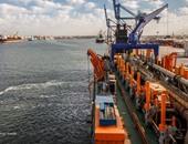تقلبات جوية على المدن الساحلية وانتظام العمل بالميناء فى دمياط