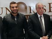 رامى صبرى يتفق مع محافظ جنوب سيناء على حفلة بعيد الحب بخليج نعمة دعما للسياحة