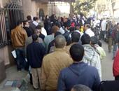 """صحافة المواطن: قارئ يشارك بصور طوابير لبن الأطفال أمام """"المصرية للأدوية"""""""