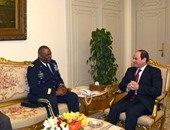 الرئيس السيسى يلتقى قائد القيادة المركزية الأمريكية