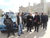 مدير أمن الفيوم يحتفل مع المواطنين بأعياد الشرطة فى ميدان الثورة
