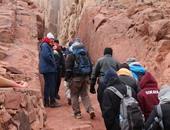 """230 كيلو مترا من السحر.. """"سى إن إن"""": البدو يحيون السياحة بـ""""درب سيناء"""""""
