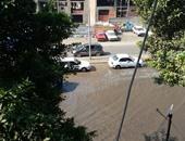 """صحافة المواطن: بالصور.. انفجار ماسورة مياه بشارع """"بورسعيد"""" بحدائق القبة"""