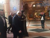 """البابا تواضورس للمستشار عدلى منصور: """"الكاتدرائية بيتك ومكانك"""""""