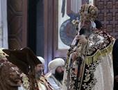 الفريق حسام خيرالله ووفد من نواب البرلمان يصلون الكاتدرائية لتهنئة البابا